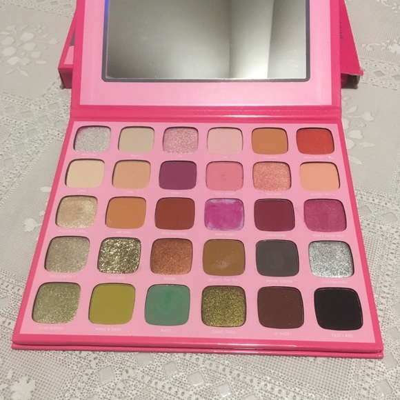Morphe Other - Morphe The Jeffree Star Artistry Palette